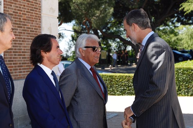 El Rey Felipe VI preside la reunión del Patronato del Real Instituto Elcano de Estudios Internacionales y Estratégicos en Madrid