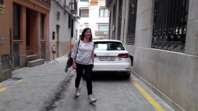 Francina Armengol llega a la sede del PSIB para seguir el escrutinio