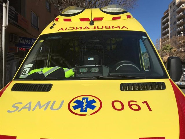 Ambulància, SAMU, 061, davant, recurs