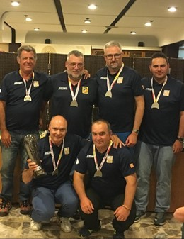 Los seis pescadores aragoneses que han quedado subcampeones en esta prueba nacional de pesca.