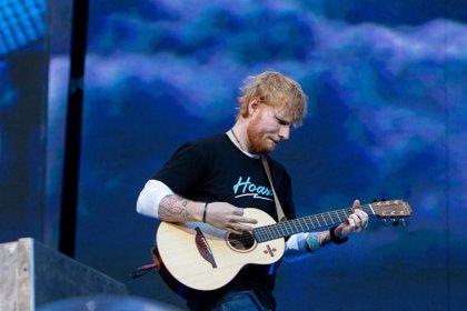 Ed Sheeran presenta sorprendente videoclip grabado en 3D para Cross me