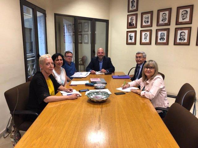 Las senadoras socialistas Villalba y Borau indican que el Senado intensificará la lucha contra la despoblación