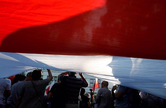 Protesta contra el Gobierno polaco en Varsovia