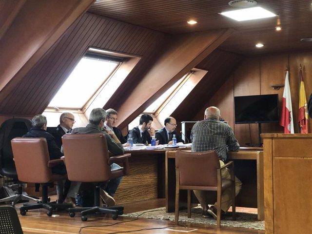 Juicio contra tres acusados de quedarse con dinero de la chatarra del Puerto de Santander