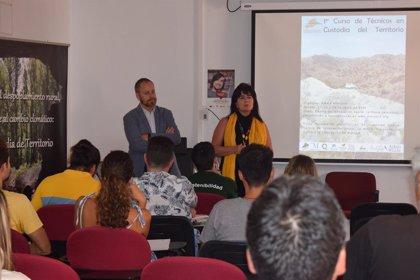 Un curso pionero de custodia del territorio enseña en Málaga a luchar contra la despoblación rural y el cambio climático