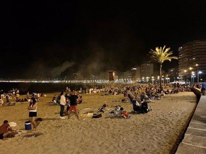 Cullera reduce un 50% el vidrio en las playas tras prohibir la entrada de alcohol