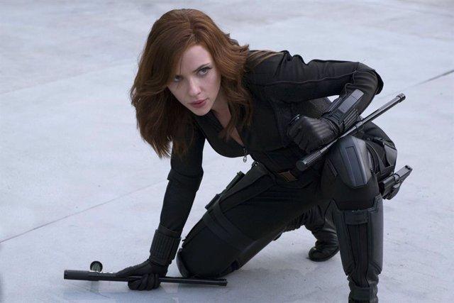 Scarlett Johansson es Viuda Negra en el UCM