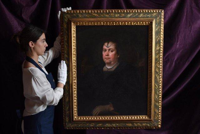 Retrato de la 'Amante del Vaticano' de Velázquez, descubierto recientemente y que será subastado el 3 de julio por Sotheby's