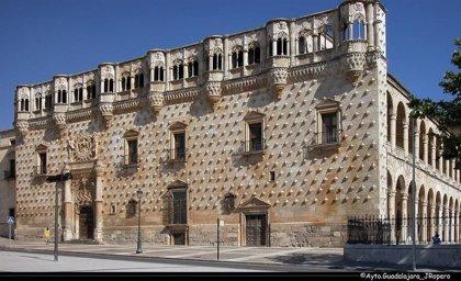 El Ministerio de Cultura adquiere el derecho de uso y vivienda del Palacio del Infantado de Guadalajara