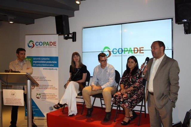 La Fundación CODAPE presenta su nueva línea de productos bio para máquinas expendedoras durante la celebración de su 20 aniversario.