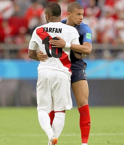 Perú pierde a Farfán para lo que queda de Copa América por una lesión de rodilla