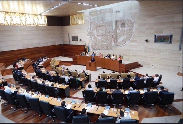 Debate de investidura de Fernández Vara en la Asamblea de Extremadura