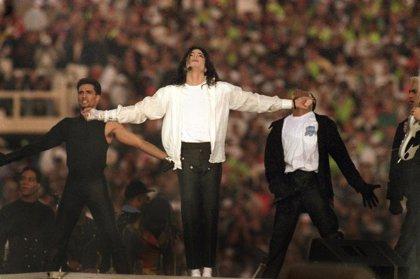 Michael Jackson y su moonwalk: El paso de baile más famoso y torpemente imitado