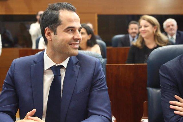 El candidato de Ciudadanos a la presidencia de la Comunidad de Madrid, Ignacio Aguado, durante la sesión Constitutiva de la XI Legislatura de la Asamblea de Madrid.