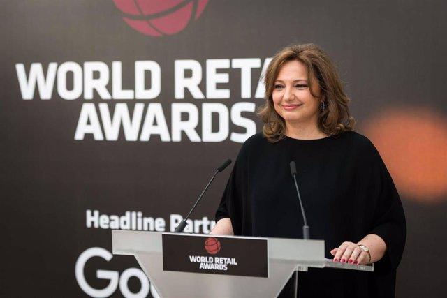 Marta Alvarez, consejera de El Corte Ingles, en una entrega de premios