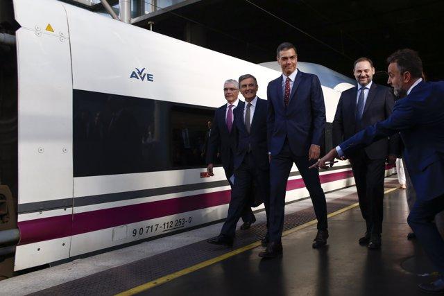 El presidente del Gobierno en funciones, Pedro Sánchez, inaugura la nueva línea de Alta Velocidad Madrid-Antequera-Granada