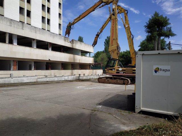 Comienzan las obras de demolición del viejo hospital de Lugo.