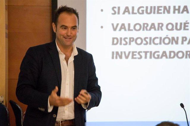 Guillermo Escudier, inspector y jefe del Grupo de Homicidios de la Brigada Provincial de la Policía Nacional, participa en los Cursos de Verano de la UPO en Carmona (Sevilla)