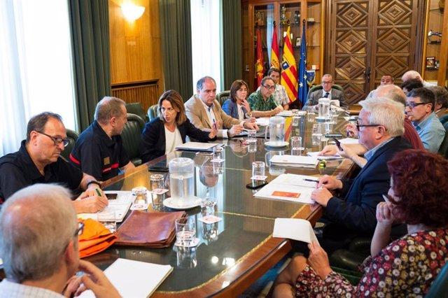 Reunión de coordinación ante la activación del plan de Protección Civil por olas de calor en Zaragoza.