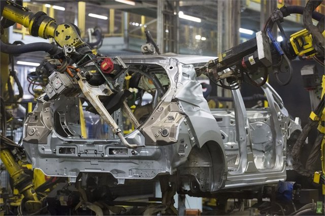 Fabricación de vehículo en Reino Unido.