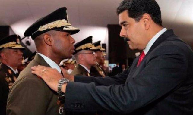 El ex jefe del SEBIN Ricardo Figuera y el presidente venezolano, Nicolás Maduro