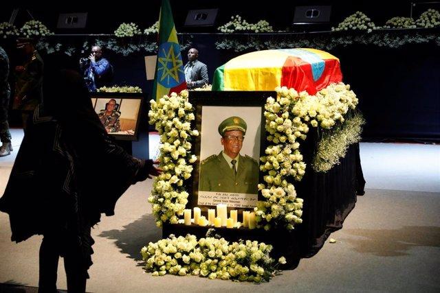 Acto en memoria del jefe del Estado Mayor del Ejército de Etiopía, Seare Mekonnen, muerto en el marco del levantamiento en Amhara
