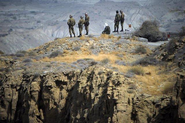 Miembros de la Guardia Revolucionaria de Iran en el áre de Hormuz, Irán.