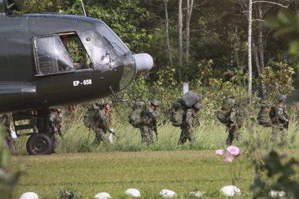 Mueren tres militares peruanos tras un enfrentamiento con el grupo terrorista Sendero Luminoso en una selva de Perú