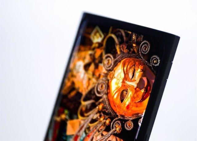 Sistema de cámara bajo la pantalla del smartphone, presentado por Oppo en el MWC19 de Shangái