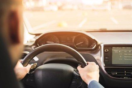 El 25% de los menores de 30 años no se ha revisado la vista antes de conducir