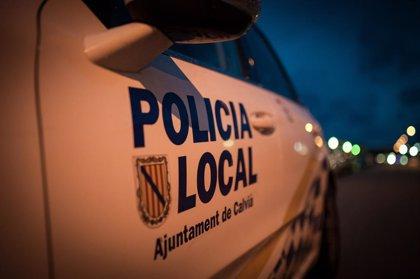 Multats tres turistes per fer 'balconing' a Calvià