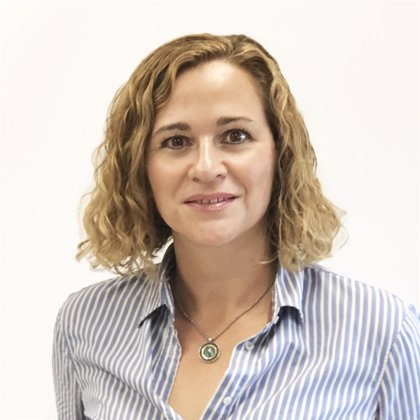 Irma Clots-Figueras gana el XVIII Premio Fundación Banco Sabadell a la Investigación Económica