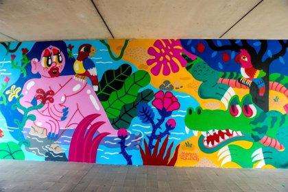 Fátima de Juan realitza un mural al barri de Lunetta (Itàlia) en el cicle 'Without Frontiers-Lunetta a Colori'