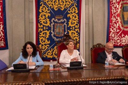 El pleno de Cartagena toma en consideración la renuncia de Manuel Mora como concejal del PSOE