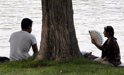 El riesgo por altas temperaturas alcanza el jueves a seis provincias y a siete el viernes