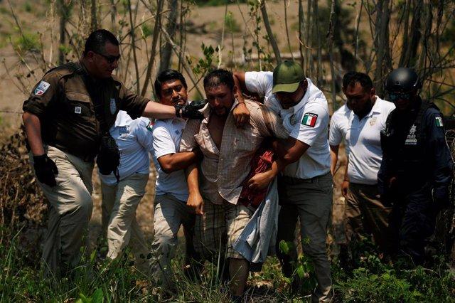 Redada contra migrantes centroamericanos en la localidad mexicana de Pijijiapan