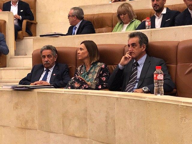 Miguel Ángel Revilla, Paula Fernández y Francisco Martín