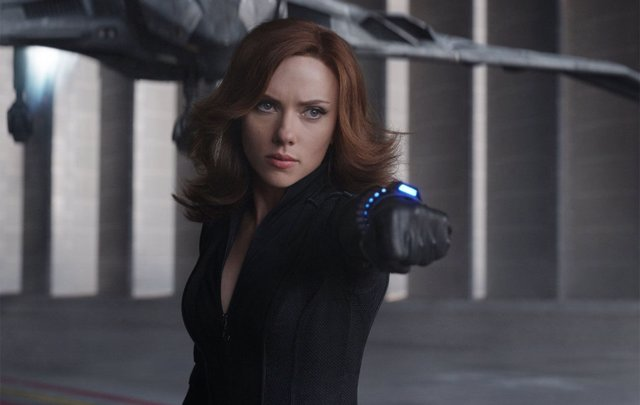 Scarlett Johanson es Black Widow en el universo Marvel
