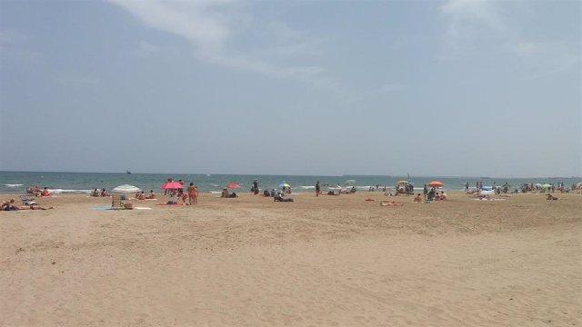 Playa de la Patacano, playas, verano, bañistas