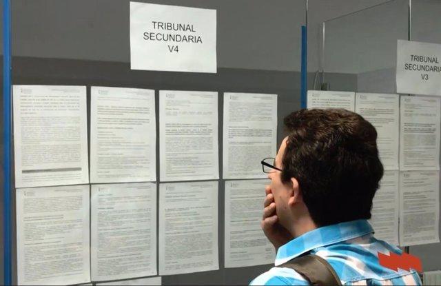Un aspirante a las oposiciones de porofesorado de la Comunitat Valenciana