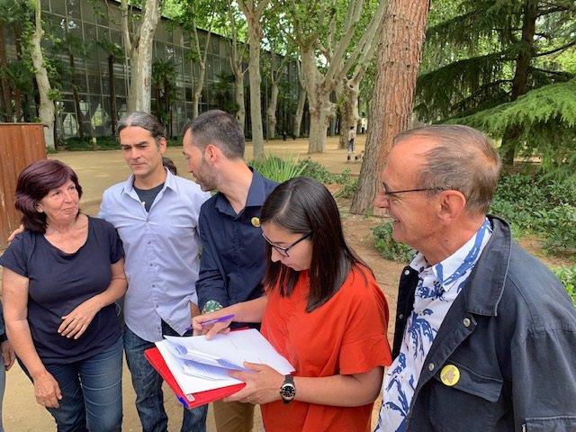 Firma del pacto de investidura de Miquel Pueyo como alcalde de Lleida con ERC y el Comú.