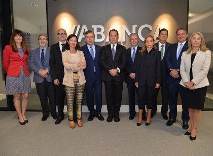 Abanca nombra consejera a la financiera portuguesa Ana Barros