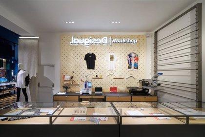 Desigual abre su nueva tienda insignia en Barcelona y estrena su cambio de imagen