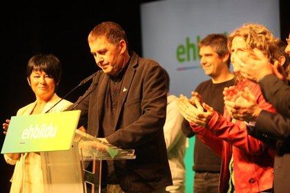 Otegi evita condenar los atentados de ETA y advierte que no entregará un cheque en blanco al Gobierno de Sánchez