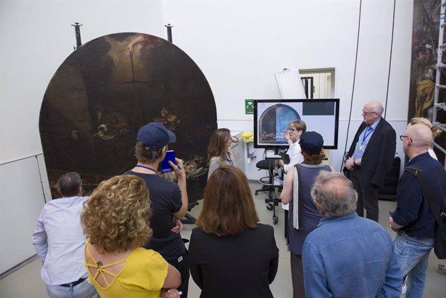 IAPH interviene en unos de los lienzos de Valdés Leal de la iglesia de la Caridad antes de viajar al Rijksmuseum