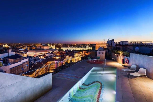 Terrazas Y Rooftop En Los Que Sobrevivir A La Ola De Calor