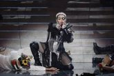 """Foto: Madonna insta a """"despertar"""" contra las armas de fuego en un vídeo musical"""
