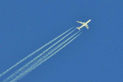Las estelas de los aviones calentarán aún más la atmósfera