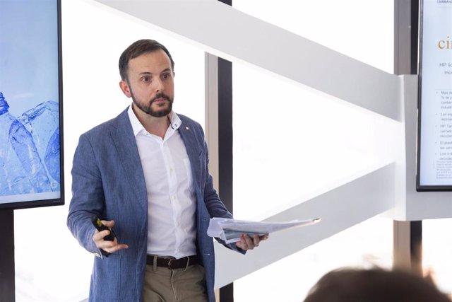 El director de Relaciones Institucionales de HP, David Ortega, durante la presentación del Informe de Impacto Sostenible 2018