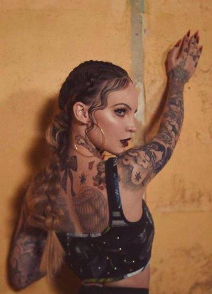 ¿Por qué Belinda se ha tatuado todo el cuerpo?